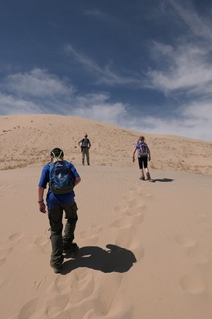 Essex, كاليفورنيا: It was a tough trek to the top. We had to take frequent breaks.