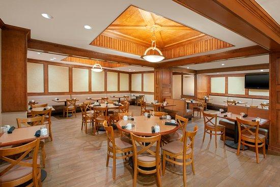 Gambar Holiday Inn Dallas Market Center