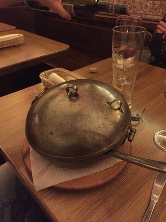 Fatal Etterem : Häftig serveringsskål