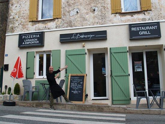 Ampus, Γαλλία: getlstd_property_photo