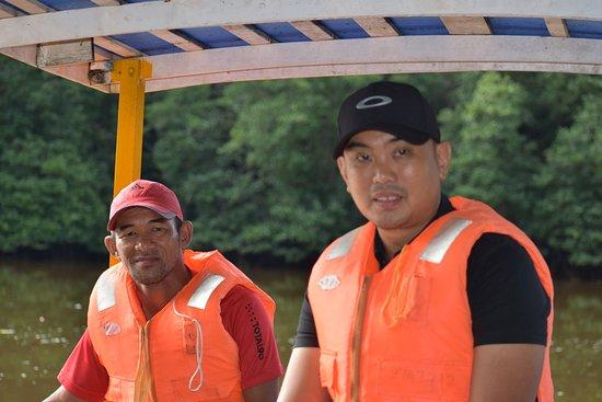 Brunei Proboscis Monkey River Safari: guide and boat driver