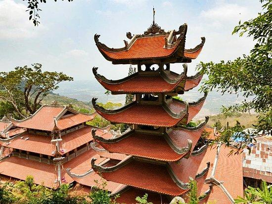 Linh Son Truong Tho pagoda: ПагодаЛинь Шон Чыонг Тхо