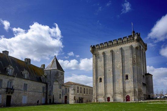 Le Donjon Medieval
