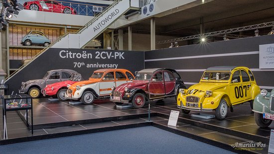 Autoworld : Special exhibit - 70 years of Citroën 2CV