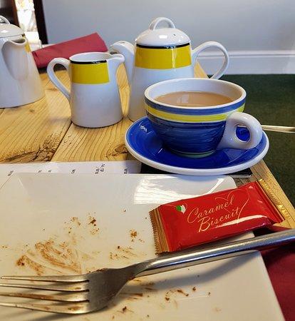Attleborough, UK: Tea & Cake in comfortable surroundings