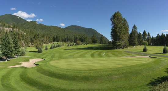 Radium Hot Springs, Canadá: Stunning Vistas at the Radium Course
