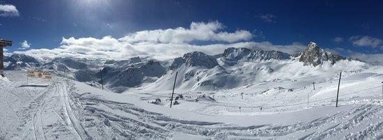 Levanna: Panorama of ski area