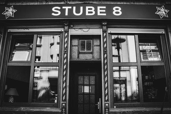 Stube 8