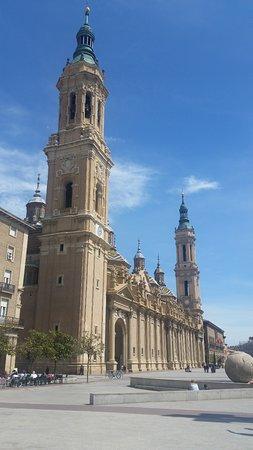 Basílica de Nuestra Señora del Pilar: Basílica Virgen del Pilar