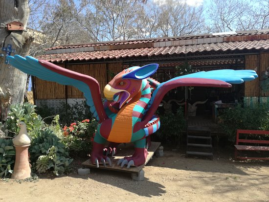 Taller de Jacobo y María Angeles, the best alebrijes in town... Los mejores alebriljes en Oaxaca