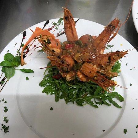 Bellissimi piatti molto saporiti, cucina Italiana al 100% consiglio ...