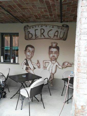 Verduno, Italië: IMG_20180415_150042_large.jpg