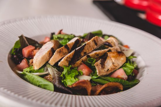 Coffee Co: Chicken SPinach Salad