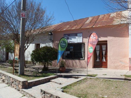 Villa Tulumba, Argentyna: Frente de la casona