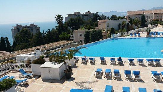 Pierre & Vacances Residence Cannes Villa Francia: 20180417_084423_large.jpg