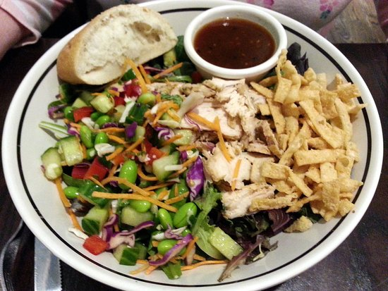 Wilmette, IL: Asian wonton salad