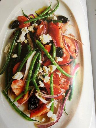 Avon Lake, OH: Greek Village Salad with Crunchy Green Beans