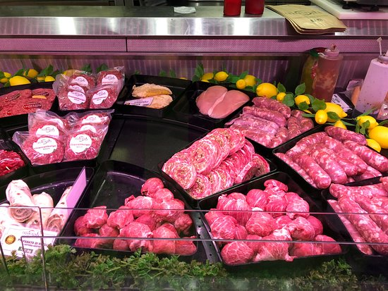 Vairano Patenora, Italie : Bancone di carni