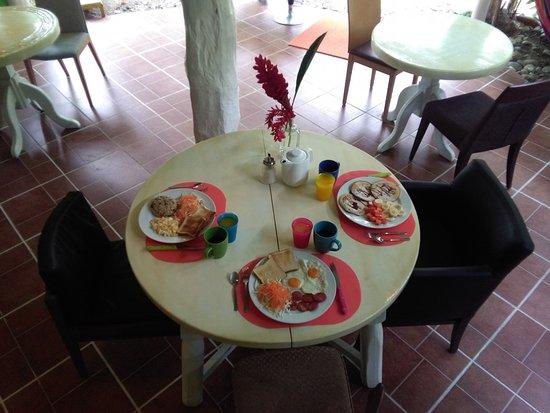 Cocles, คอสตาริกา: Breakfast