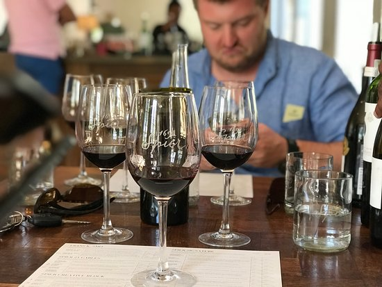 Tsiba Tsiba Wine Tours: Wine tasting