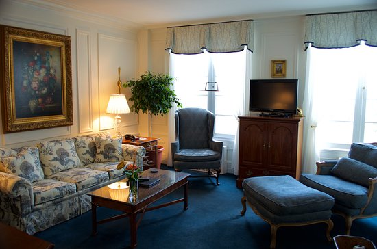 Geneva on the Lake: The Classic Suite