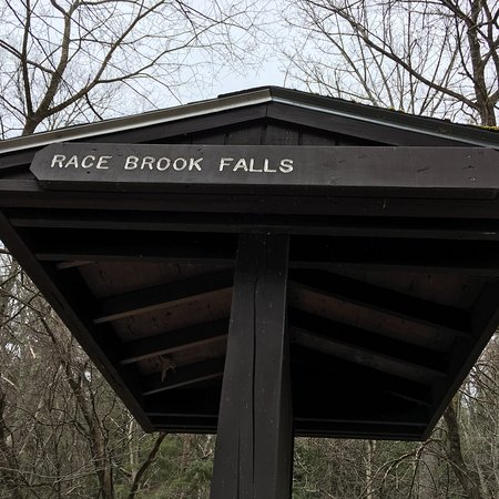 Race Brook Falls照片