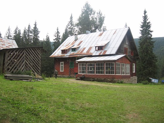 Chorna Tysa, Ukraina: База КНУ им Шевченко