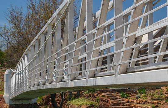 Medicine Park, OK: Iconic bridge over Bath Lake