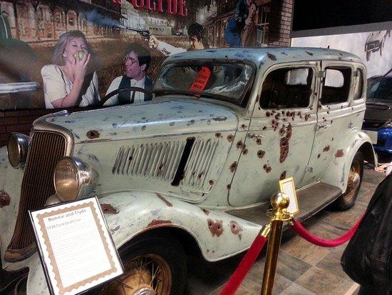 Bonnie And Clyde Car Location: A Bonnie & Clyde Death Car (not The Actual Car)