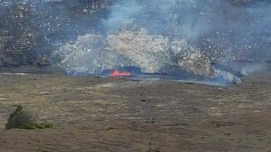 Discover Hawaii Tours: The Lava Pit in the Kilauea Caldera
