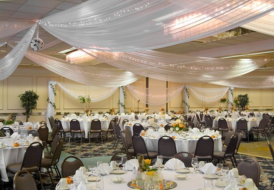 Vadnais Heights, MN: Ballroom