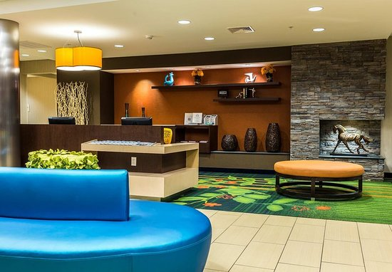 New Cumberland, Pensilvania: Lobby