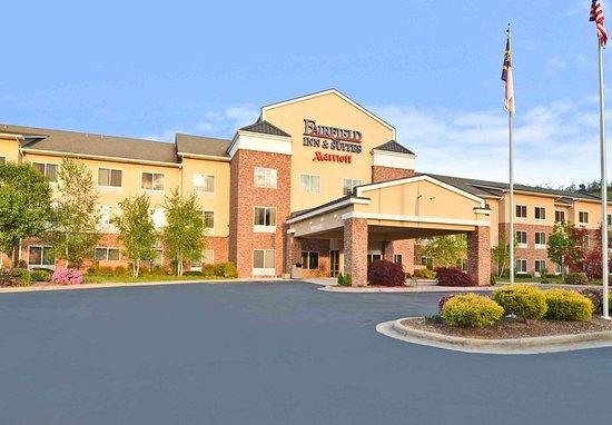Fairfield Inn & Suites Cherokee : Exterior