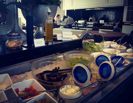 Saffron Restaurant: IMG_20180419_084201_large.jpg