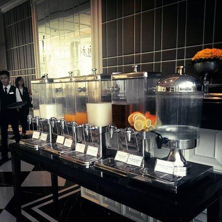 Saffron Restaurant: IMG_20180419_085143_084_large.jpg