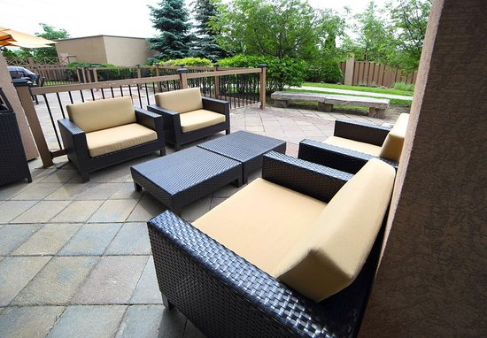 Cheap Hotel Rooms Mississauga