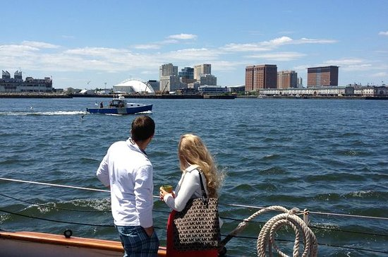 Sail on a Tall Ship Schooner in Boston with Sunday Brunch