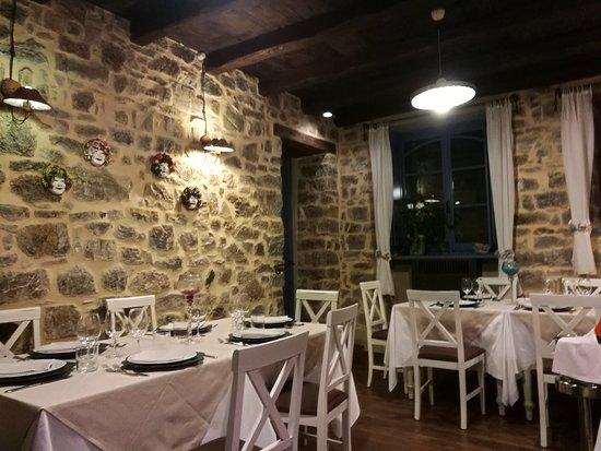 Bedonia, Italy: IMG_20180418_211754_large.jpg