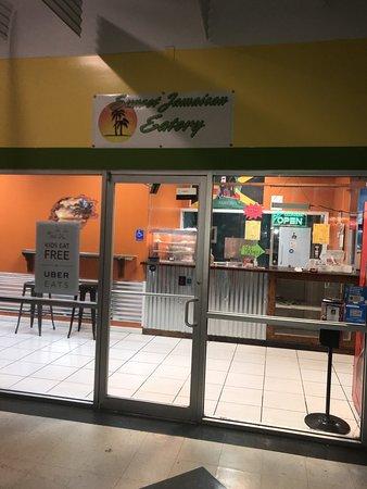 Lithonia, Georgien: Sunset Jamaican Eatery