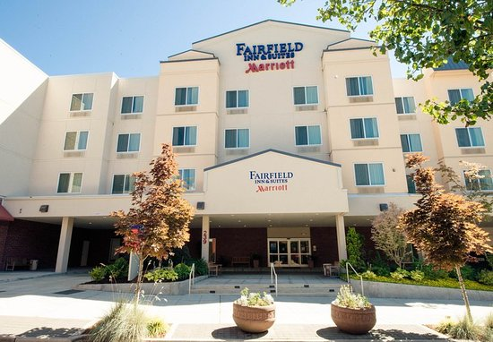 Fairfield Inn & Suites Seattle Bremerton: Exterior