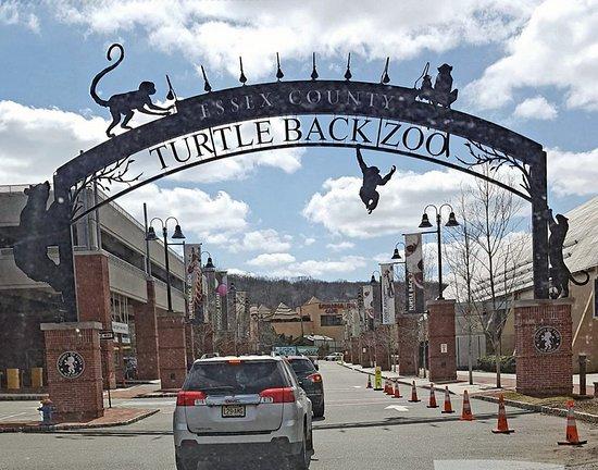 West Orange, NJ: Entrance to Zoo Complex