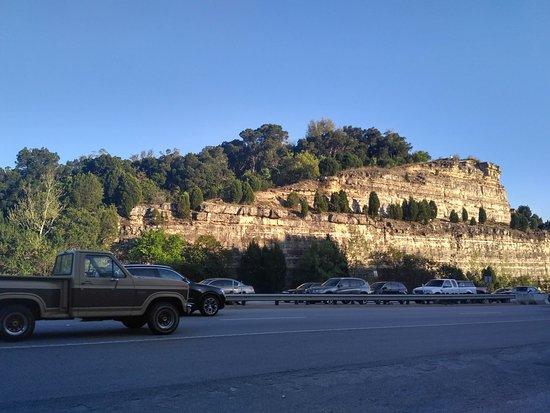Mount Bonnell: parqueo libre
