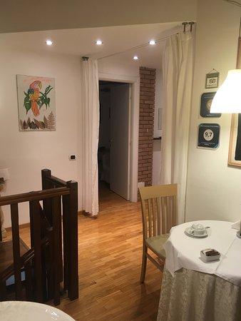 Vizzola Ticino, Italy: איזור הכניסה לחדרים