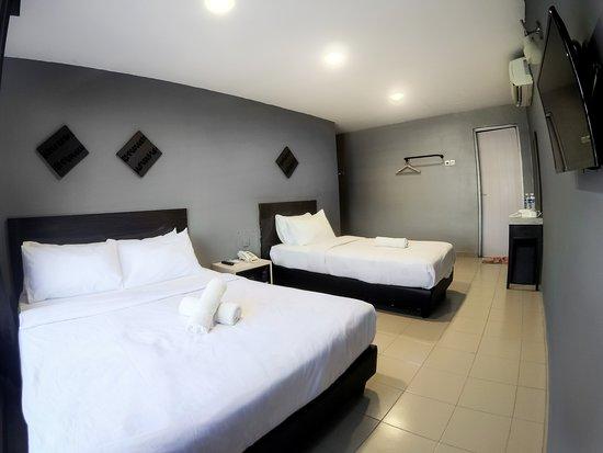Simpang Ampat, Malesia: Triple Room With Window