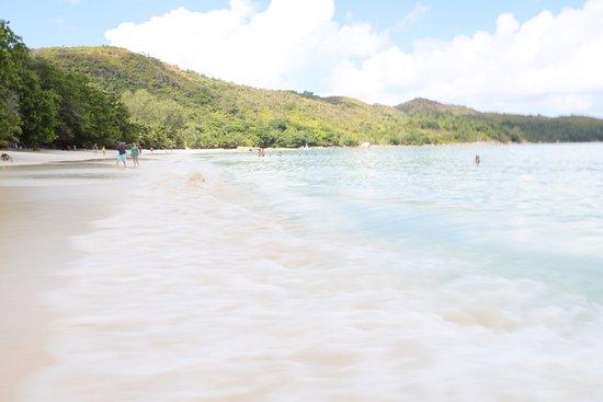 Acajou Beach Resort Photo