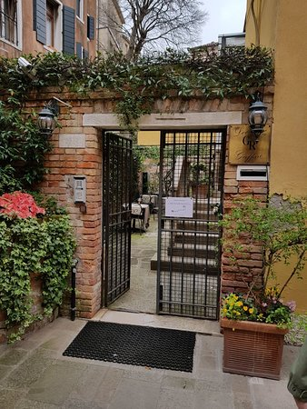 Hotel Locanda Gaffaro: 20180415_110846_large.jpg