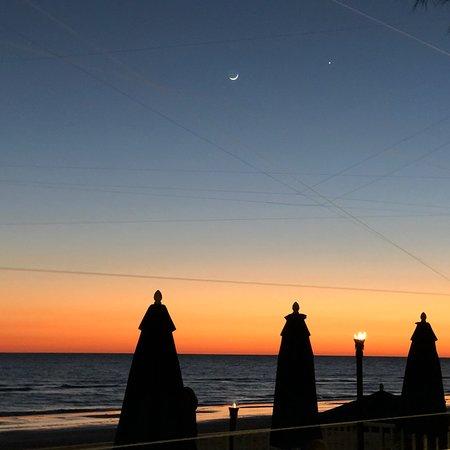 Doubletree Beach Resort by Hilton Tampa Bay / North Redington Beach: photo1.jpg