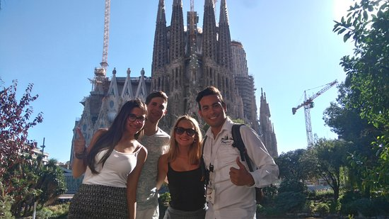 Play Tour Barcelona