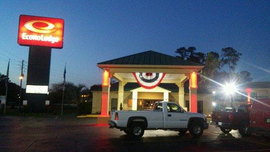 Hardeeville, SC: Night