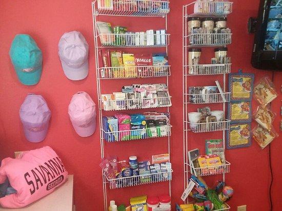 Hardeeville, SC: Sundry Shop